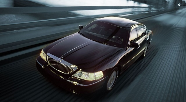 Lincoln Town Car chauffeur services