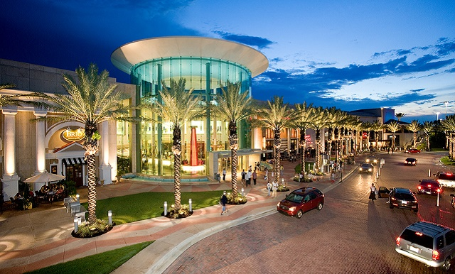 Experience The Mall at Millenia