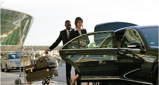 Executive Chauffeur Services | Orlando Limo