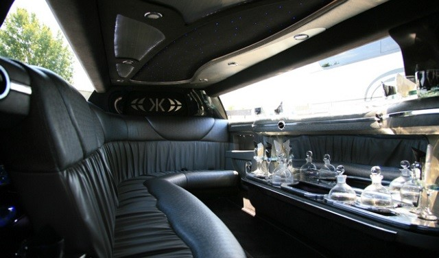 Stretch limo rental prices