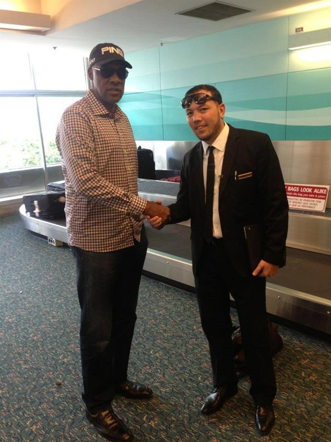OrlandoLimoCars - Greets Dr. J NBA retired player at airport